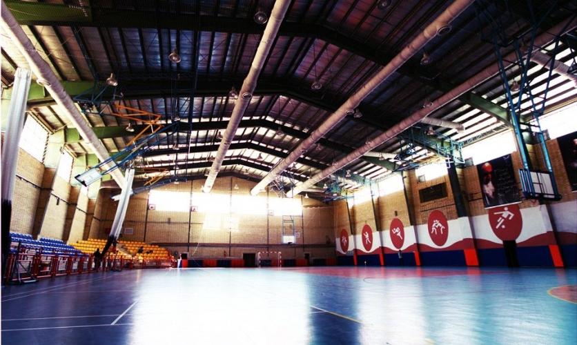 سکوی مجموعه ورزشی دانشگاه پرند